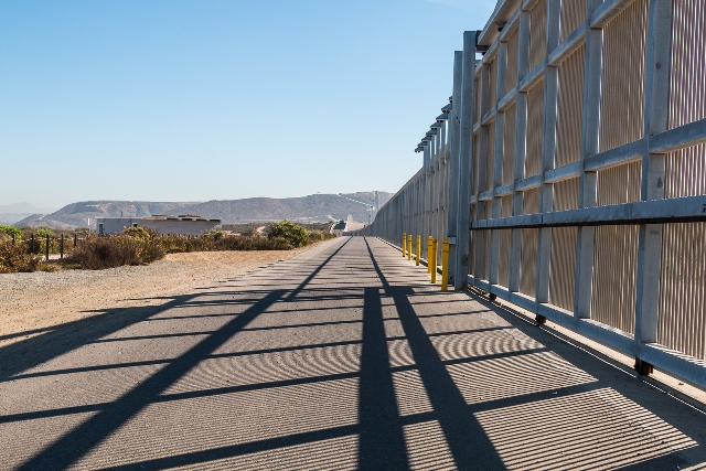 Do you think the U.S. should build a wall? – take our poll