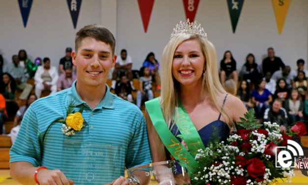 2018 Mr. and Miss Paris Junior College named at men's basketball game