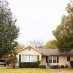 5 bedrooms 4 bathrooms in Greenville, Texas