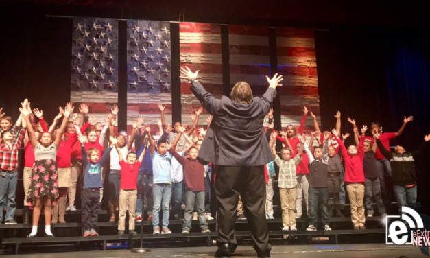 Musicians recognize veterans for their patriotism to the USA