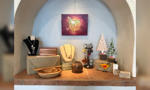 Creative Arts Center's Christmas Shopping tips to reduce stress