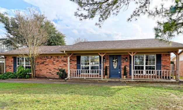 Four bedroom home for sale in Greenville, Texas || $194,900
