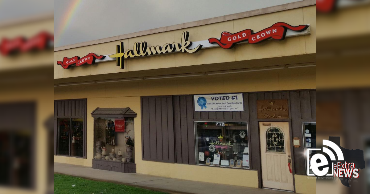 Local Hallmark gift shop closing after 47 years || Jan's Hallmark Shop